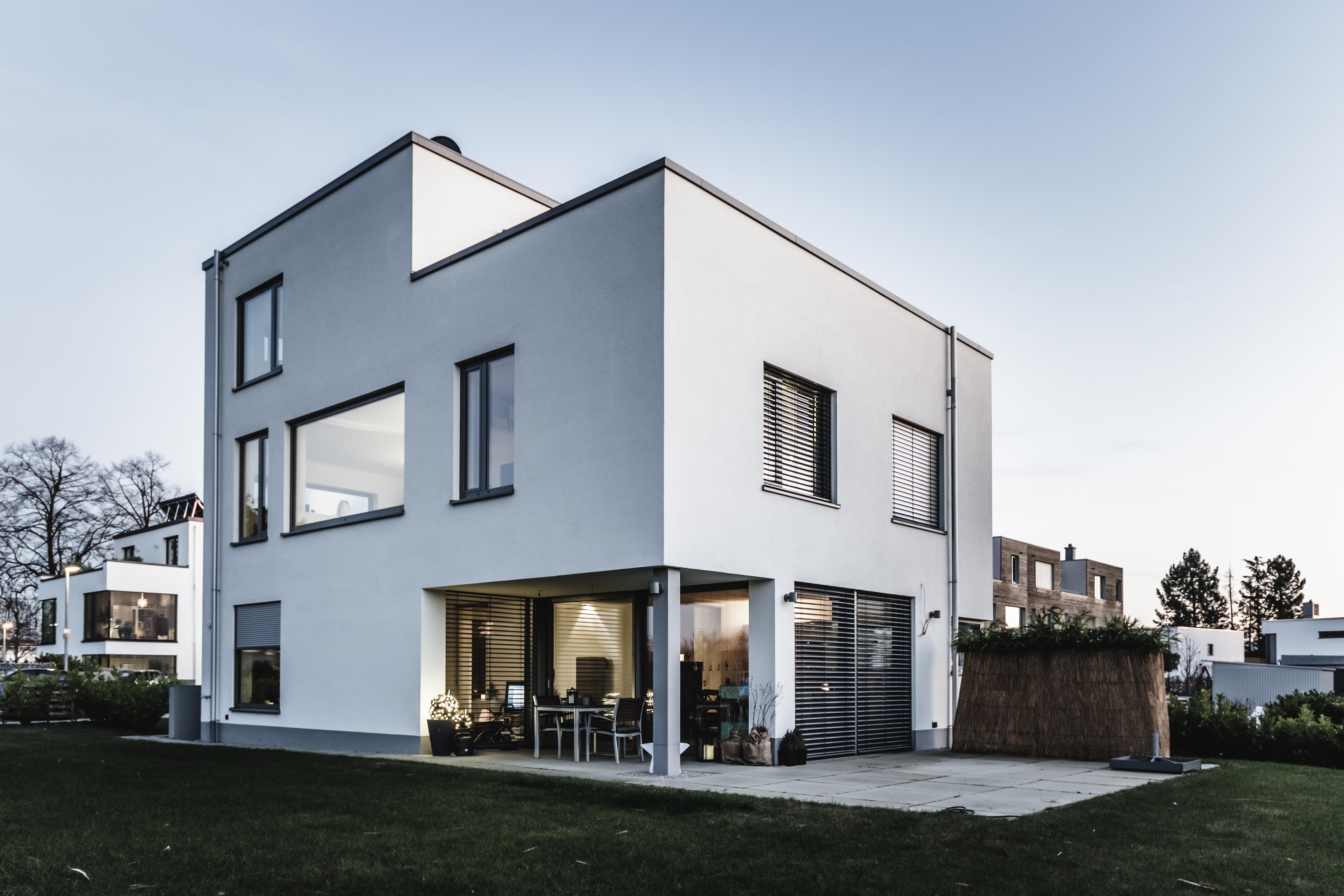 Einfamilienwohnhaus mit Flachdach